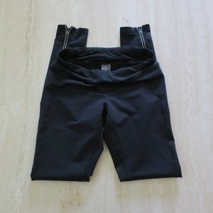 REI Women's work out pants black XS